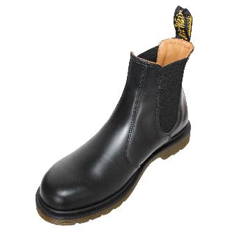 "Dr. Martens ""Chelsea"" Boot (black)"