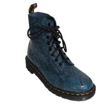 """Dr. Martens """"Pascal Asp Viper"""" Girl Boot (8 Loch) (blau)"""