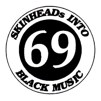 Black Music - Button (2,5 cm) 134