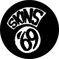 Skins 69 - Button (2,5 cm) 414